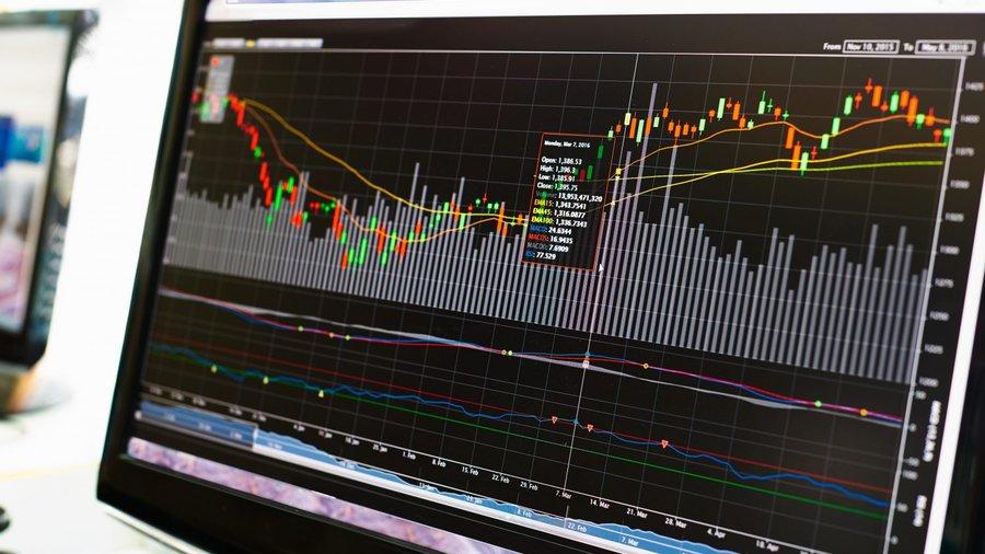 020617_investor-prizyvaet-regulirovat-ic