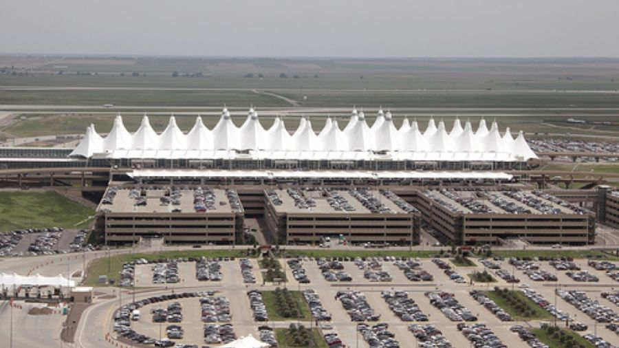030517_aeroport-denvera-prinimaet-crypto