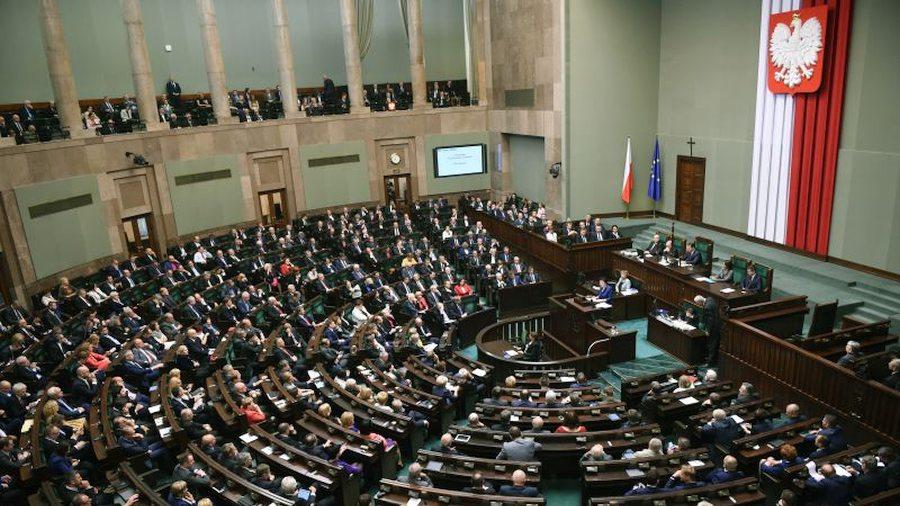 091016_polsha-obsujdaet-regulirovanie-bi