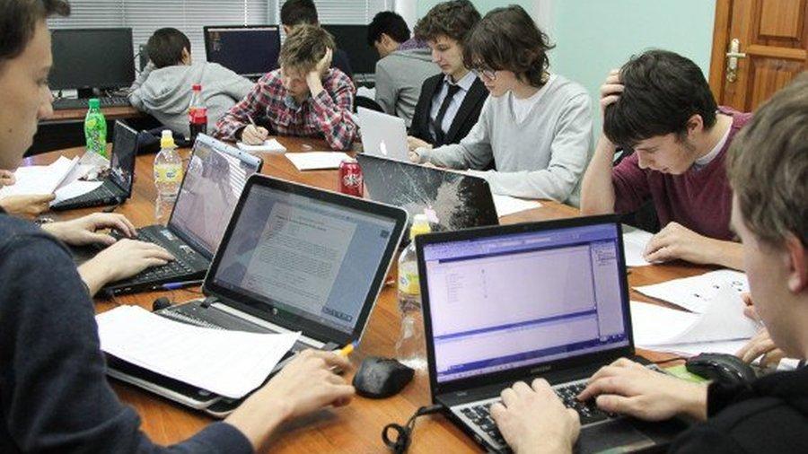 140917_cifrovaya-ekonomika-dlya-shkolnik